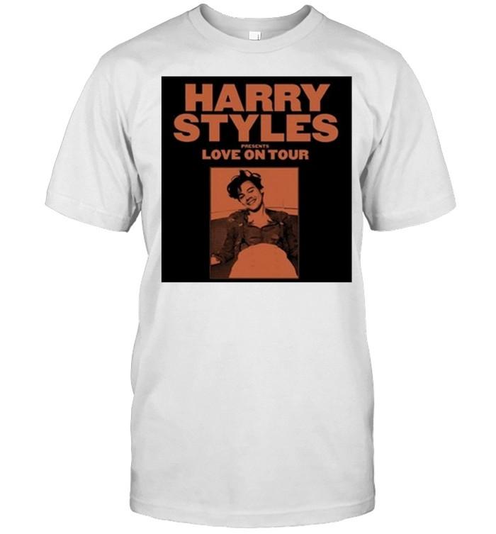 harry styles presents love on tour 2021 shirt Classic Men's T-shirt