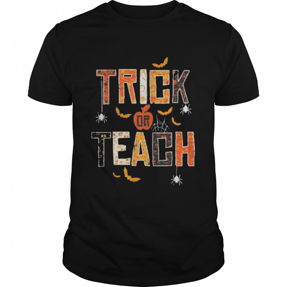 Trick Or Teach Cute Halloween Teacher  Classic Men's T-shirt